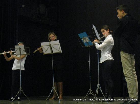 Audition Décembre 2013 LAURA et ses élèves